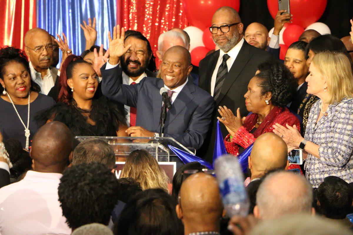 Incumbent Mayor Sylvester Turner, Challenger Tony Buzbee Head To Runoff